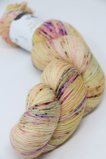 Hedgehock Sock Yarn in Dijon