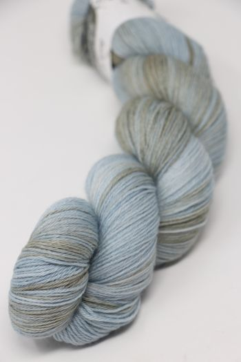 Hedgehock Sock Yarn in Dove