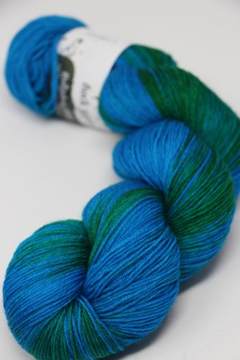 Hedgehock Sock Yarn in Lagoon