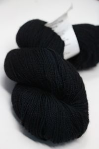 Meadowcroft Rockshelter Sock Superwash Merino Yarn in Black Cat (189)