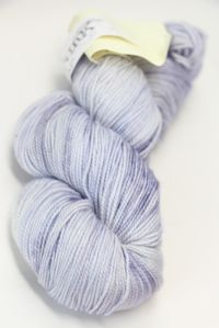 Meadowcroft Rockshelter Sock Yarn Dusk On The Snow (240)