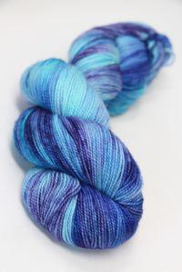Meadowcroft Rockshelter Sock Superwash Merino Yarn in Reflecting Simplicity (141)