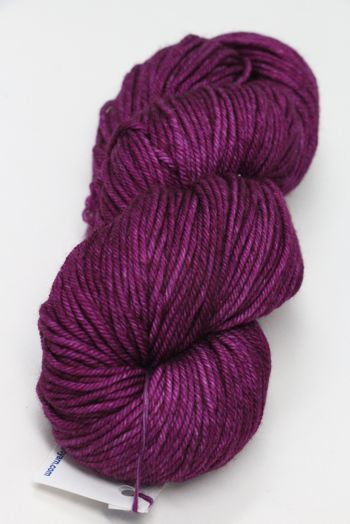 Malabrigo Rios Superwash worsted in Hollyhock