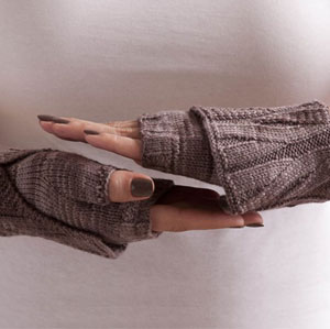 free knitting pattern for cuffed wristers from SOAK