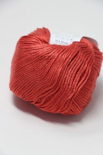 Trendsetter Bambu Yarn in Red (38)
