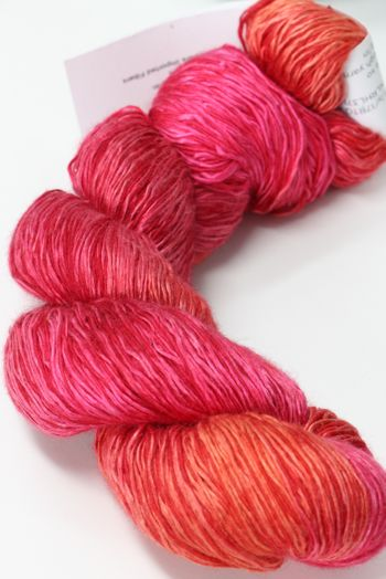 Artyarns Ensemble Light | H25 Hot Coral Pinks