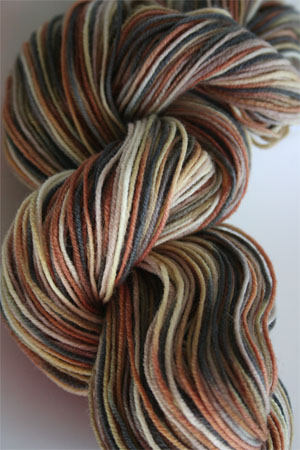 Ultramerino 4 UM4 Sock Yarn from Artyarns in F6 Winter Bark