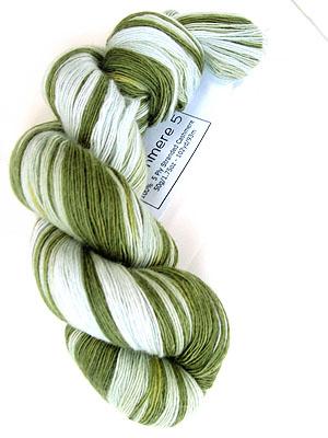artyarns Cashmere 1   139 Lawn Green & White