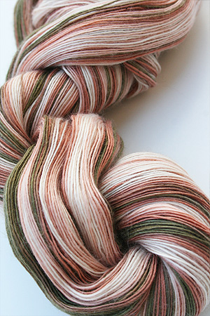 Cashmere Lace Yarn in 164 The Queen
