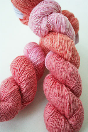 Artyarns Cashmere Sock Yarn in 190 Peach