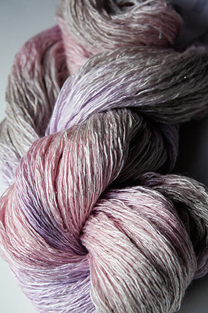 Artyarns Ensemble Glitter Light | H15 Strawberry Parfait
