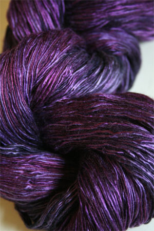 Artyarns Ensemble Light in H24 Wild Berries