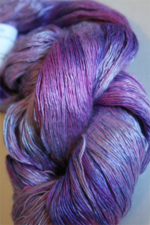 Artyarns Ensemble Light in H31 Lilac Parfait