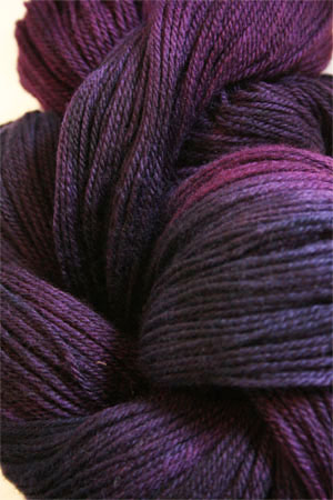 Merino Cloud in H24 Wild Berries