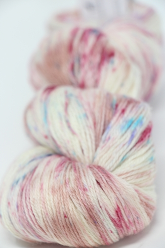 Merino cloud in 610 Mosaic Blush