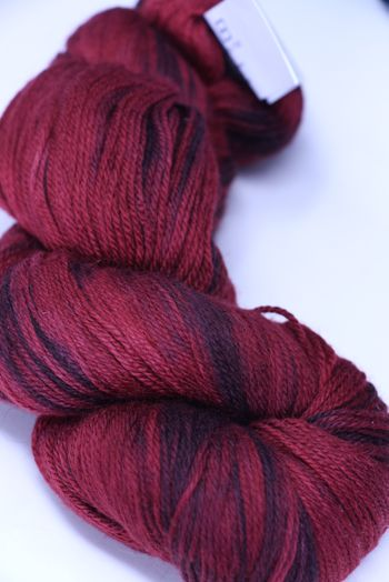 artyarns Merino Cloud | 915 Cherry Splash