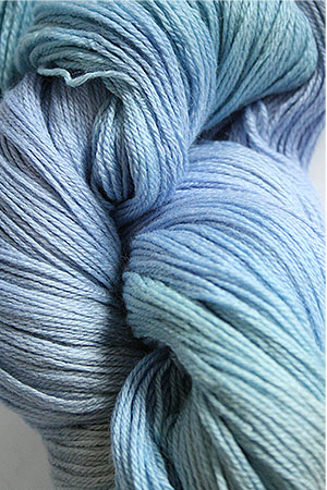 Merino Cloud in H16 Winter Bouquet