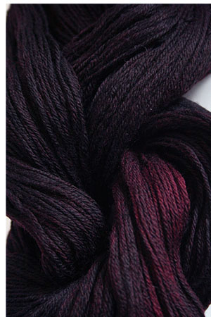 Merino Cloud in H11 Black Cherry