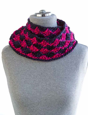 One One Diamond Spiral Scarf Pattern