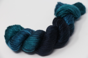 Artyarns Regal SIlk | H23 Emeralds