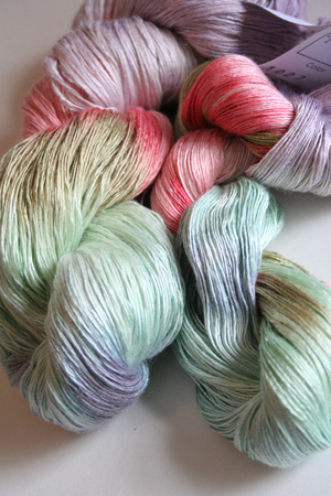 artyarns ensemble silk light in 1027 Spring Parfait