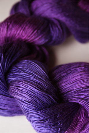 Artyarns Silk Essence in H5 Violetas