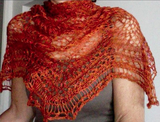 I226 Sandys Fury Shawl for Artyarns Silk Essence Lace