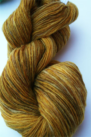 Artyarns TSC Tranquility Yarn in T9 Gold Leaf