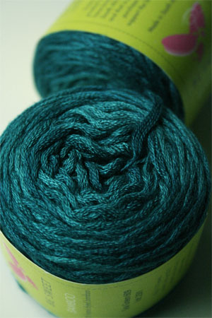 Be Sweet Bamboo Yarn in 609 Sea Green