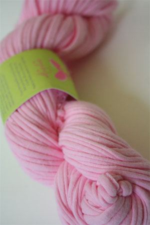 Be Sweet Yarn T-SHIRT in petal pink