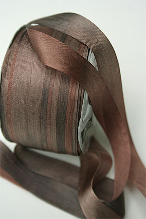 Silk Ribbon knitting yarn in Chocolate Mousse