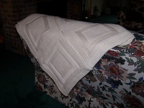 cate_blanket_throw_2.jpg.scaled.500