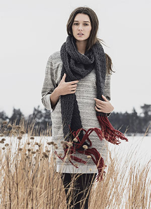 Knitting Patterns for Blue Sky Fibers Woolstock | Silver Bay Scarf