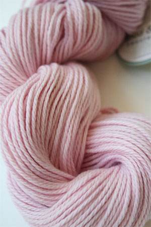 Spud and Chloe Sweater Yarn 7526 Tiny Dancer