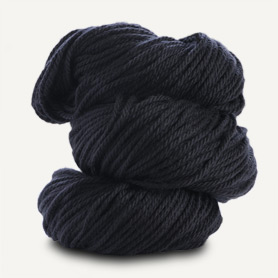 Spud and Chloe Sweater Yarn 7522 Penguin