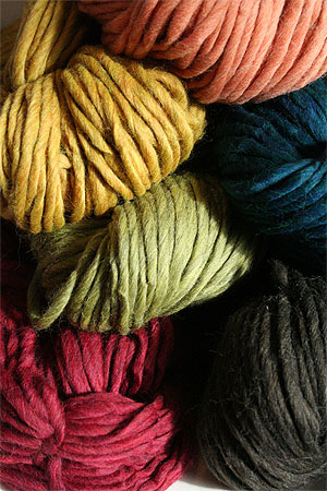 Cascade Yarns Magnum Yarn 100% Peruvian Wool - Super Bulky