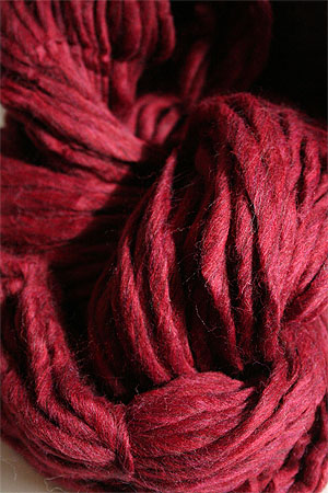 Cascade Magnum Yarn in Ruby Heather