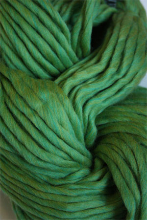 Cascade Yarns Magnum Yarn in Lime