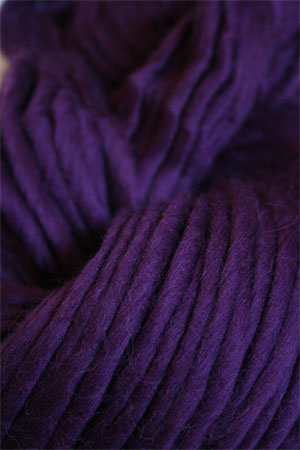 Cascade Yarns Magnum Yarn in dark plum