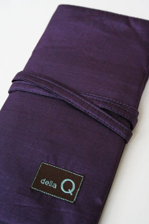 Della Q Interchangeable Needle Case in Purple Silk
