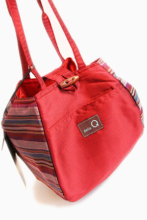 Della Q Rosemary Knitting tote in RED