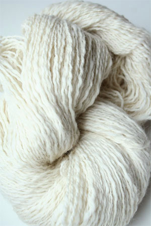 PT127 Natural White Twist Peruvian Twist Superfine Alpaca