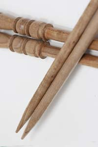Surina Swivel Top Wood Knitting Needles