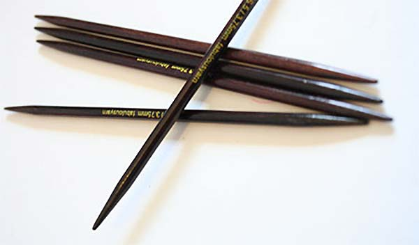 Zen Rosewood  Triangular Double Point  Needles