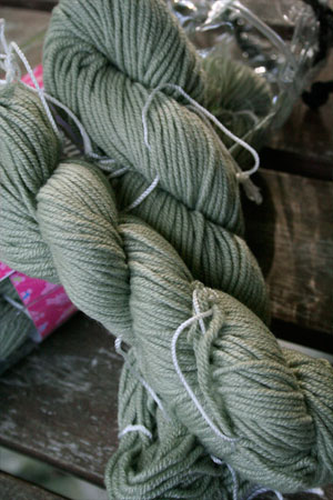 Jade Cashmere Scarf Knitting Kit in Green Goddess