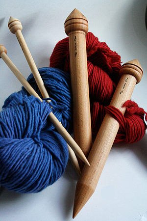 Knitting Patterns For Jumbo Needles : JUMBO KNITTING NEEDLES SIZE 50 Free Knitting Projects