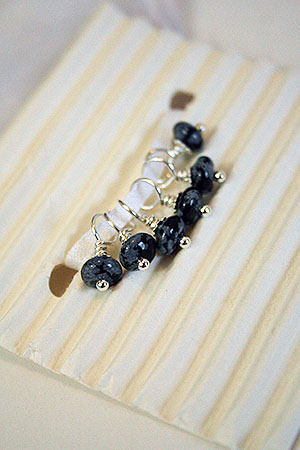 Knitifacts :: Una Stitch Markers (Small) in Black Obsidian