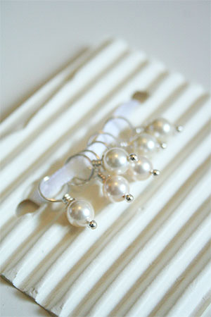 Knitifacts White Pearls Stone and Swarovski Crystal Stitchmarkers