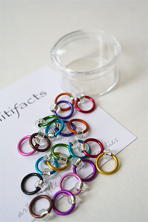 Knitifacts Luxury Yarn Stitch Markers in Matte Multi