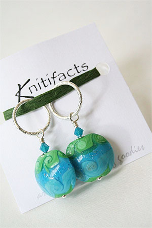 Knitifacts Luxury Yarn Stitch Markers in OCEAN
